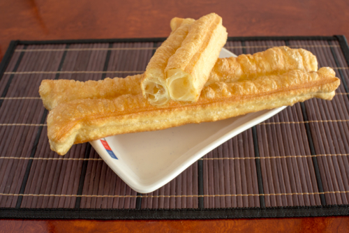 油條 – Deep Fried Cruller